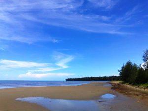 Objek Wisata Nias, Pantai Charlita Keindahan Pulau Nias