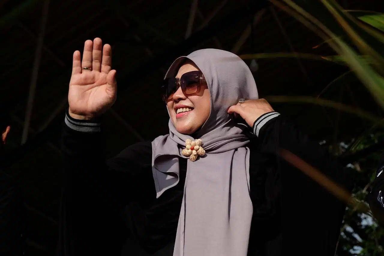 Erna Rasyid Taufan