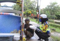 Berita Polres Pinrang Berbagi dengan Kaum Dhuafa