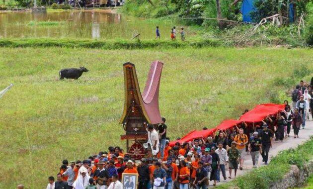 Upacara Rambo Solo, Upacara Pemakaman di Tana Toraja