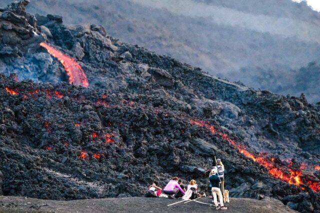 Nama Gunung Indonesia beserta Lokasinya