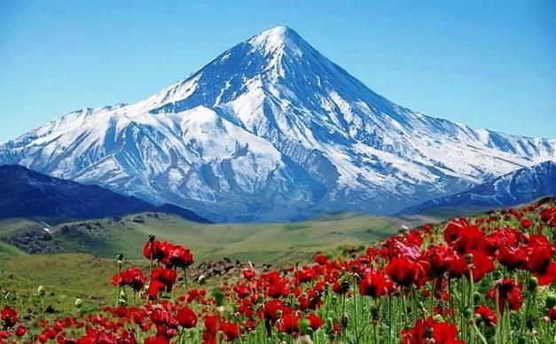 Gunung Damavand, Iran
