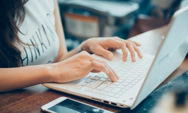 9 Bisnis Online Terpercaya dengan Modal Kecil
