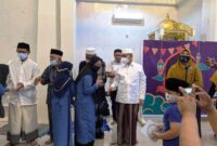 Yusuf Sommeng Berbagi Kebahagiaan dengan Ratusan Anak Yatim di Masjid Nurul Yusuf, Jalan Andi Tonro Bonto-bontoa, Kabupaten Gowa, Minggu (9/5/2021)
